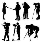 Ajuste o operador cinematográfico com câmara de vídeo Silhuetas no fundo branco ilustração do vetor