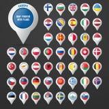 Ajuste o ponteiro ao mapa com a bandeira do ` s do país europeu Imagens de Stock