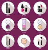 Ajuste os cosméticos da mulher, lisos, composição Loja da beleza, loja Fotos de Stock