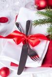 Ajuste rojo romántico de la tabla de la Navidad Imagen de archivo libre de regalías