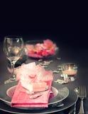 Ajuste romântico da tabela do dia de são valentim Imagem de Stock Royalty Free