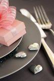 Ajuste romântico da tabela do dia do Valentim Fotos de Stock Royalty Free