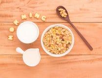 Ajuste um café da manhã saudável arranjam para ter sua véspera dos benefícios de saúde Imagem de Stock