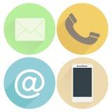 Ajuste uma comunicação dos ícones em fundos coloridos no projeto liso Imagens de Stock