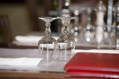 Ajustes da tabela do restaurante Imagens de Stock Royalty Free