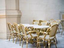 Ajustes da tabela no restaurante clássico imagem de stock