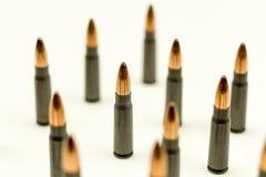 Ak-47 κοίλη σφαίρα 7 σημείου κασετών τουφεκιών περίληψη πυρομαχικών πλάγιας όψης 62x39mm τοπ Στοκ Εικόνες