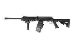 Ak-47 12 die Maatjachtgeweer met Trommeltijdschrift op Witte Rug wordt geïsoleerd Stock Foto