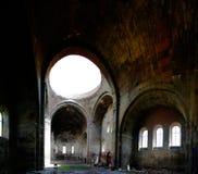 Внутренний взгляд к собору aka Surb Grigor Aruchavank на Aruch, провинции Арагацотна, Армении стоковое фото rf