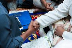 Akad Nikah (voti di nozze malesi tradizionali) Immagine Stock