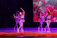 Akademin för dans för Peking för kår för barn` som s graderar för barn` s för prov den utstående utställningen Jiangxi för presta Arkivbilder