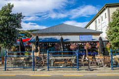 Akaroa che è situato all'isola del sud della Nuova Zelanda Fotografie Stock Libere da Diritti