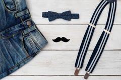 Akcesoria i odziewają dla dżentelmenu troszkę moda dzieci Zdjęcie Royalty Free