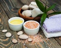 akcesoria kąpać się ciała kawioru klejnotu mleka mydła zdroju kamieni ręczniki fotografia stock