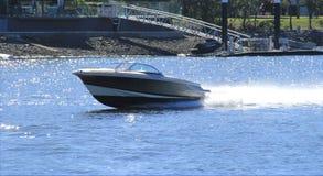 akci łódkowatej luksusowej śródziemnomorskiej władzy denna łódź motorowa pośpieszna Obraz Stock
