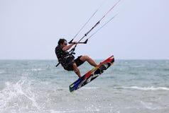 akci kitesurfer Obrazy Stock