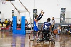 akci koszykówki mężczyzna s wózek inwalidzki Obrazy Royalty Free