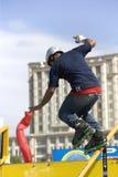 akcja agresywnego poręcza inline łyżwiarstwo Obraz Stock