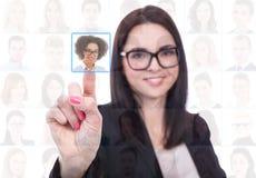 Akcydensowej rewizi pojęcie - bizneswomanu naciskać imaginacyjni guziki obraz stock