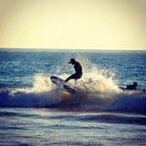 Akcyjna surfingowiec fotografia Obraz Royalty Free