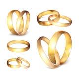 Akcyjna wektorowa ilustracyjna realistyczna złocista obrączka ślubna ustawia Odosobnionego na przejrzystym w kratkę tle EPS10 Obraz Royalty Free