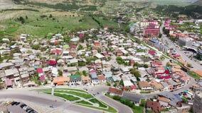 Akhaltsikhe é uma cidade pequena na região do sudoeste de Geórgia vídeos de arquivo