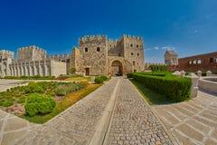 AKHALTSIKHE, GEÓRGIA - 8 DE AGOSTO DE 2017: Comp(s) famosos do castelo de Rabati Fotos de Stock Royalty Free