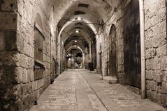 Akko (Acre) in nacht, Israël stock foto's