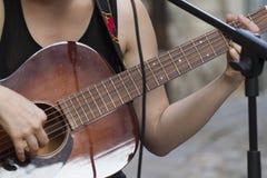 Akkorde auf der Gitarre Lizenzfreie Stockbilder