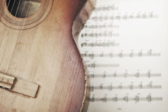 Akoestische gitaar Stock Afbeeldingen