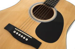 Akoestische gitaar op wit royalty-vrije stock afbeelding