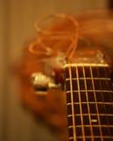 Akoestische gitaarclose-up royalty-vrije stock afbeeldingen