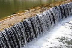 Akoestische Waterval Stock Fotografie