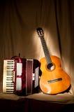 Akordeon i gitara Obrazy Royalty Free