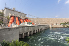Akosombo Hydroelektryczna elektrownia na Volta rzece w Ghana Obraz Stock