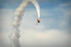 Akrobatik-Flugzeug Lizenzfreies Stockfoto