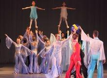 Akrobatische Tanzzusammensetzung Stockfoto