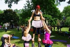 Akrobatiska dansare 15 Royaltyfria Foton