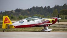 Akrobatyczny Hiszpania mistrzostwo 2018, Requena Walencja, Hiszpania junio 2018, pilot Manuel Rey fotografia stock