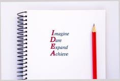 Akronym IDEE - stellen Sie sich vor, trauen Sie sich, erweitern Sie, erzielen Sie Konzept stockfoto