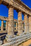 Akropolgammalgrekiska: akros 'som är högst som är översta ', och polis 'stad '- hjärtan av politiskt och socialt liv av den fornt arkivbilder