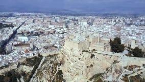 Akropolis alter Zitadelle Athens in Griechenland, Vogelperspektive ablage Ariel-Ansicht von Athen mit der Akropolise vom Berg stock video
