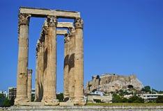 Akropolis en tempel van Olympian Zeus Athens Greece Royalty-vrije Stock Afbeeldingen
