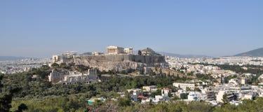 Akropolis y Lykavisttos en Atenas Foto de archivo