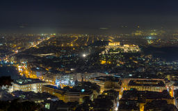 Akropolisnachtansicht vom Lycabettus Hügel, Athen Stockfotos