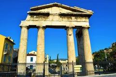 akropolu agory Athens zamknięta hadrian biblioteczna rzymska s strona widok Zdjęcie Stock