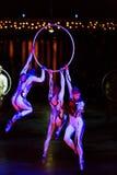 Aktöröverhopprep på den Cirque du Soleils showen 'Quidam', Royaltyfri Bild