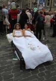 Aktörer under Edinburgh fransfestival Arkivbilder