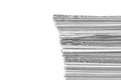 akt pokazujące wiadomości papier stacks top fotografia stock