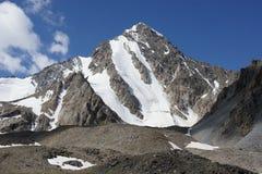 Aktash峰顶4 037 m,帕米尔alay 免版税库存图片